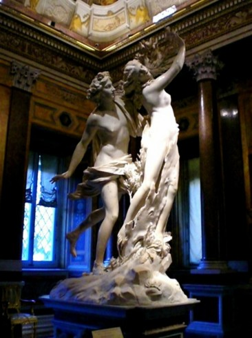 THE DURABILITY AND TRANSLUCENCY OF MARBLE, A POPULAR SCULPTURE MEDIUM