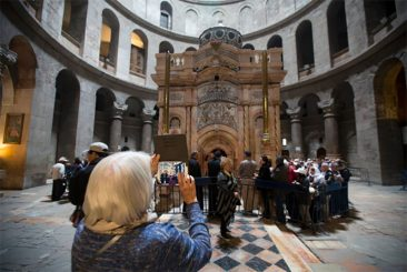 Shrine of Jesus' Tomb Finally Unveiled After Restoration
