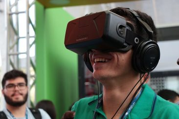Will Virtual Reality Replace Traditional Art?