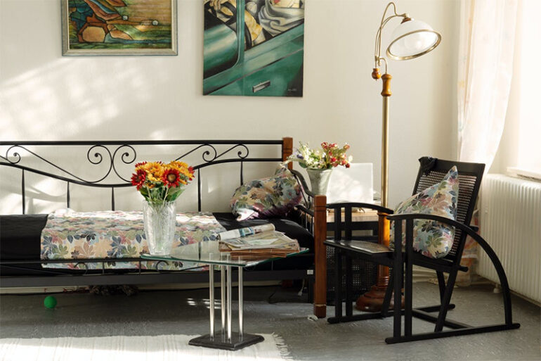 Incorporating Artwork to Decorate Your Home