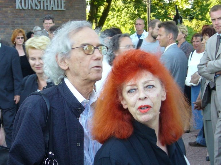 CHRISTO AND JEANNE CLAUDE: THE POWER DUO OF THE ENVIRONMENTAL ART INDUSTRY