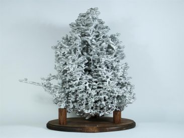 OF ANTS AND ALUMINUM: THE WORLD OF ANT HILL ART