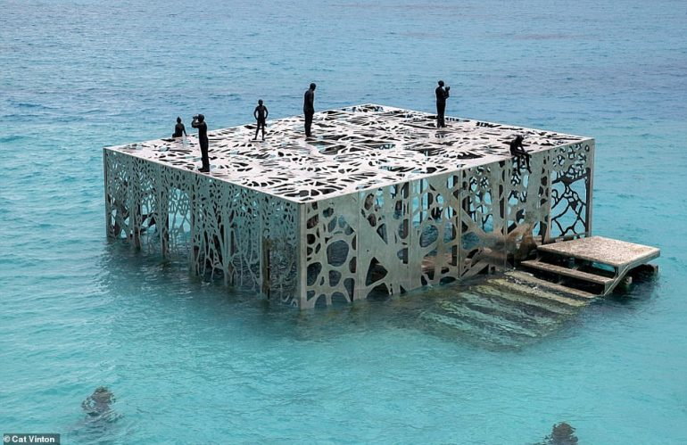 Censored Art: Destroyed Maldives Sculpture Is a 'Threat to Islamic Unity'