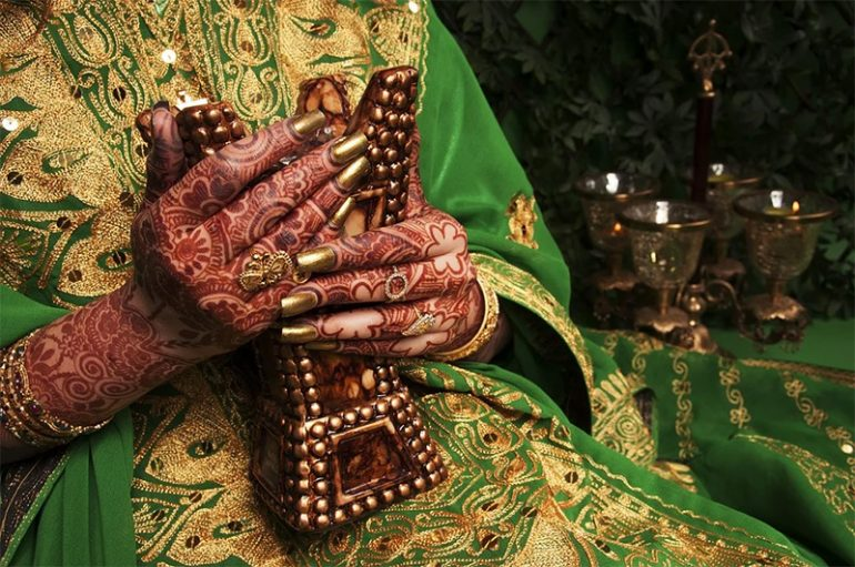 Henna: Art and History as Famous Body Art
