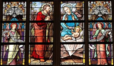Stained Glass Art: Quick Overview and History of the Glass Art